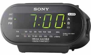 Nanny CAM hidden in an alarm clock