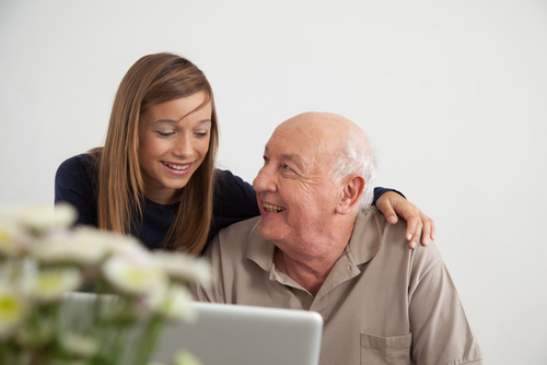 helping-elderly-with-technology